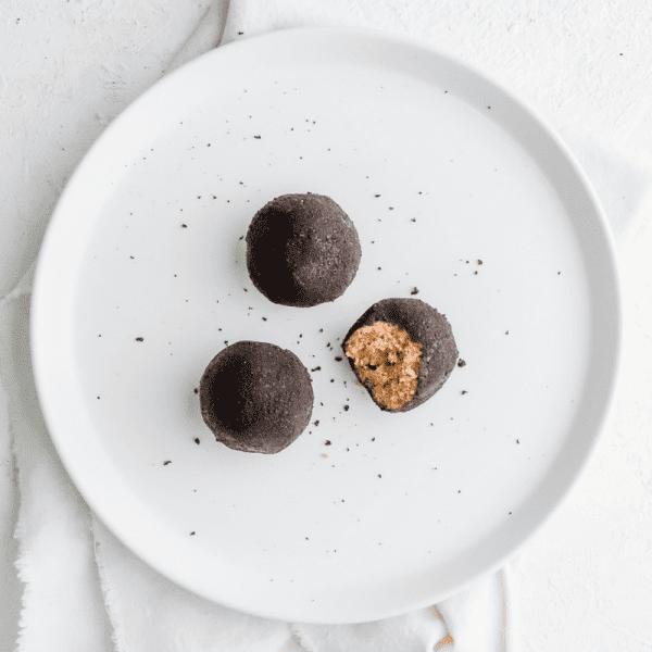 Choc Chip Cookie Dough Protein Balls