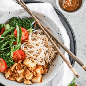 Satay Tofu Noodle Bowl-02